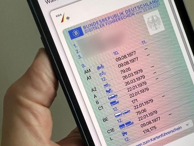 Digitaler Führerschein startet in Deutschland - mit einigen offenen Fragen