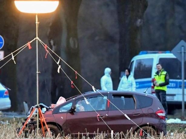 Prozesse: Dreifachmord-Prozess: Mediziner vermuten hohes Flucht-Tempo