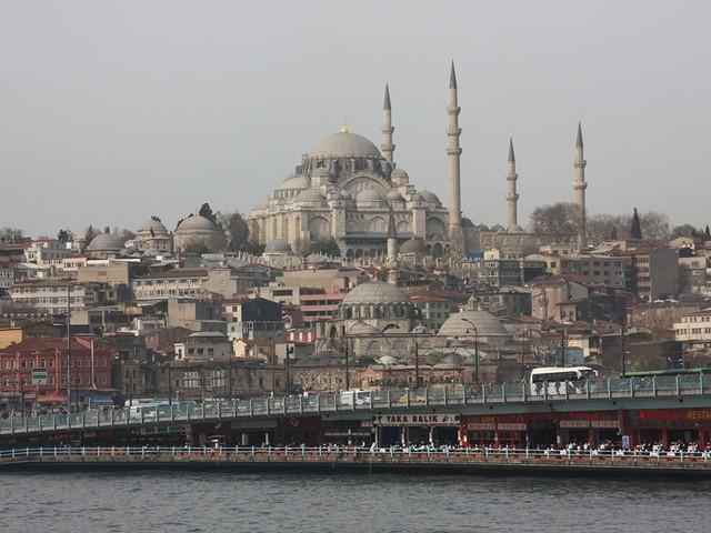 Knapp dreiwöchiger Corona-Lockdown beginnt in Türkei