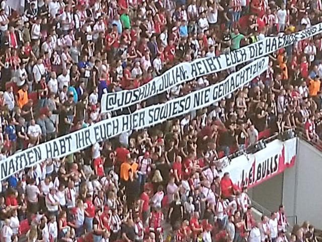Bundesliga: RB-Banner attackieren Kimmich und Nagelsmann - Tumulte im Bayern-Fanblock