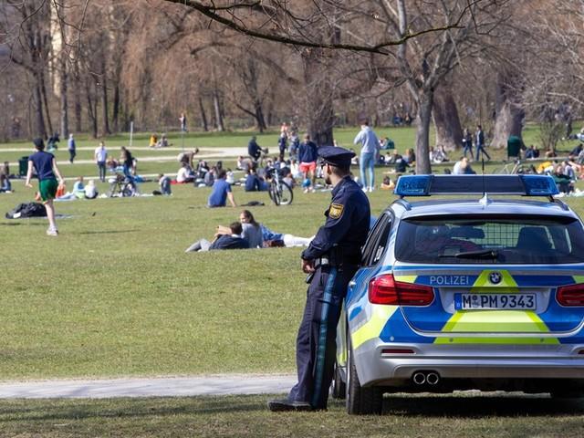 Party-Hotspot in München: Flaschen auf Polizisten geworfen – 19 Verletzte