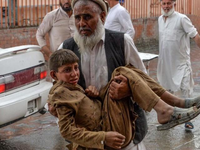 Mehr als 60 Tote bei Anschlag auf Moschee in Ostafghanistan