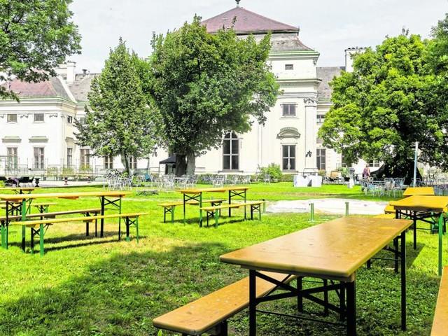 Geheimer Park im Palais Auersperg wird zum Gemeinschafts-Schanigarten