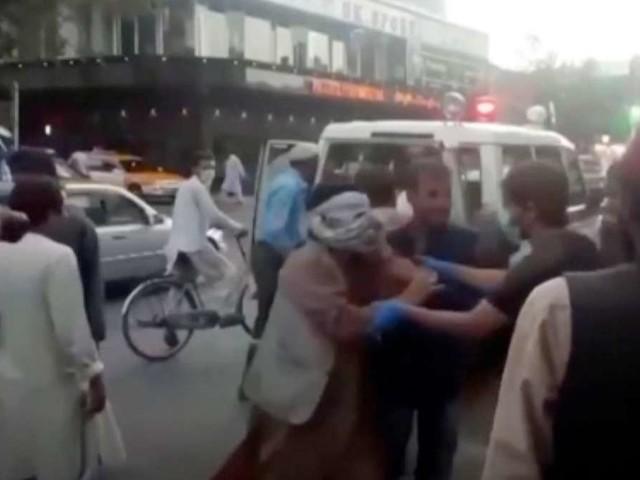 Terror in Afghanistan: 60 Tote, darunter US-Soldaten - USA nennen bittere Details- weitere Explosion in Kabul