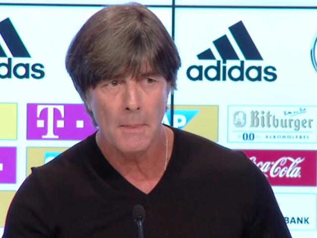 """Löw über Mesut Özil: """"Mit seinen Rassismus-Vorwürfen hat er überzogen"""""""