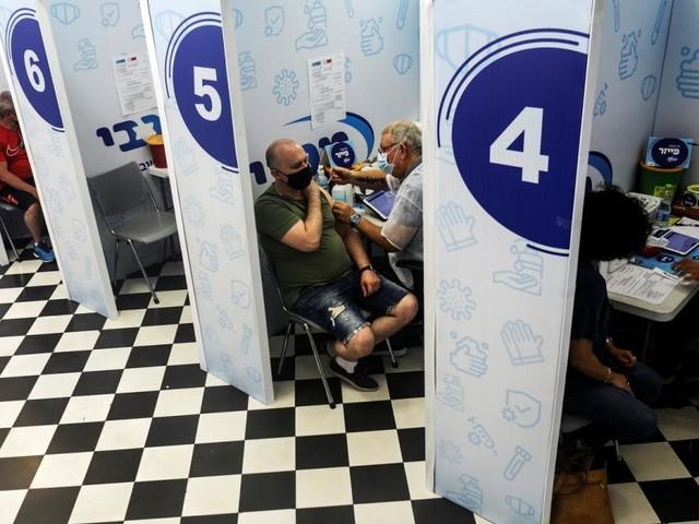Corona-Impfung verhinderte Tausende Todesfälle in Israel