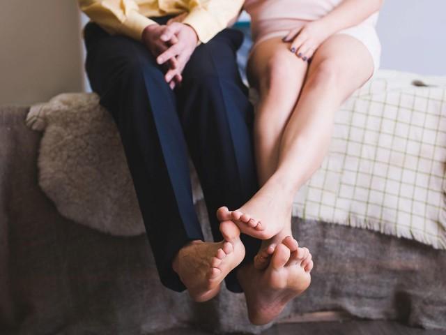 Körpersprache: An diesen 5 Signalen erkennst du, wie es um eure Liebe steht