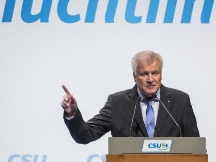 Seehofer für «Neuanfang für die Migrationspolitik in Europa»