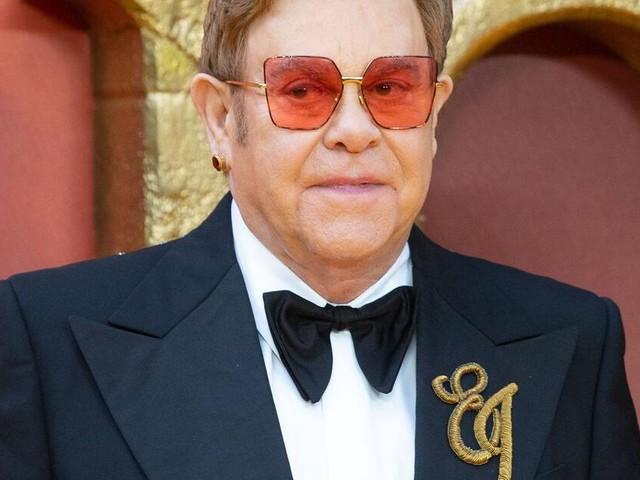 Elton John Autobiografie: Von Kokain und toten Eichhörnchen