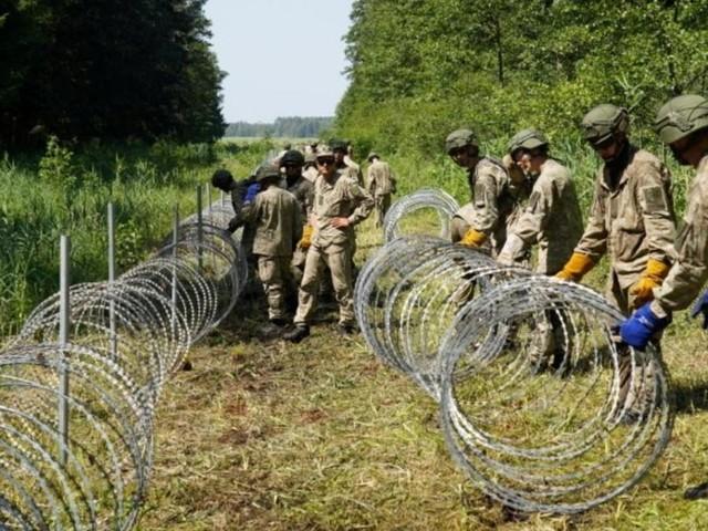 Polen kündigt Bau eines Grenzzauns zu Weißrussland an