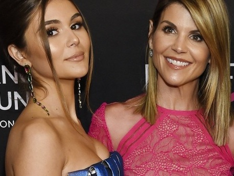 Hollywood-Stars bestechen Elite-Unis für die Aufnahme ihrer Kinder