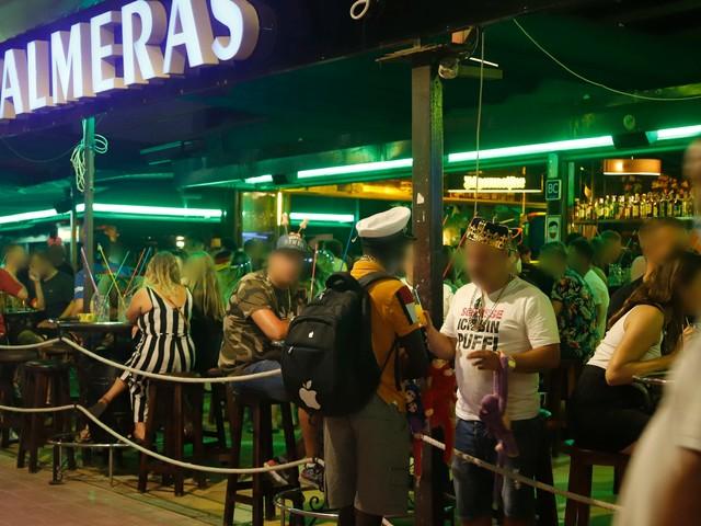 Kein Schlager, keine Stehtische mehr: Ballermann-Wirte auf Mallorca verschärfen die Regeln