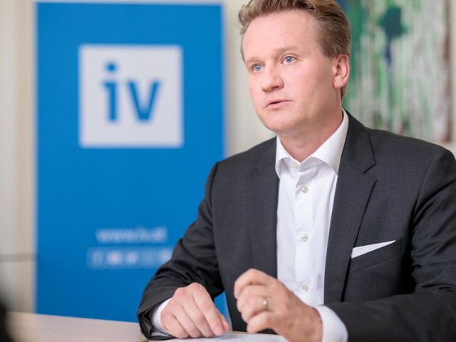 Wie IV-Präsident Knill dem Fachkräftemangel begegnen will