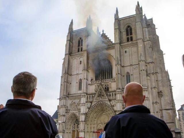 Feuer in Kathedrale von Nantes: War es Brandstiftung?