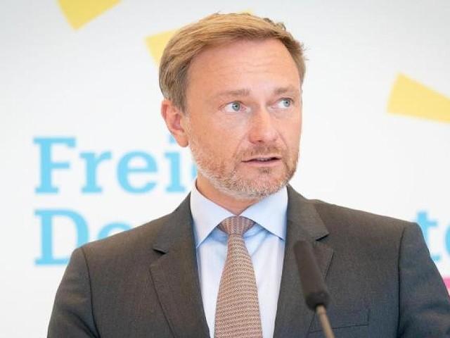 """Von feministischer Zeitschrift - FDP-Chef zum Sexisten des Jahres gekürt: """"Keiner ist so anzüglich wie Lindner"""""""