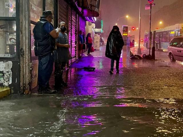 Notstand ausgerufen: Mindestens sieben Tote bei Starkregen in New York