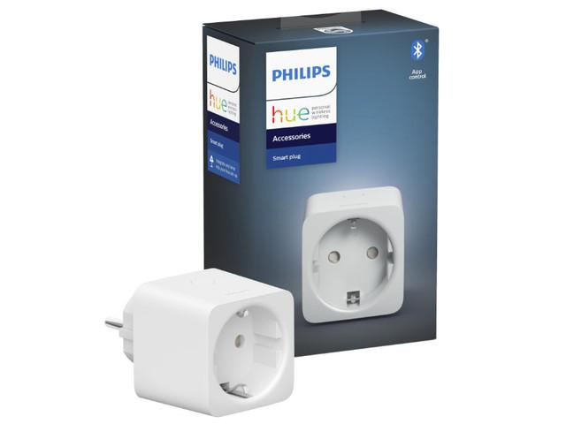 Philips Hue Smart Plug – Smarte Steckdose angefasst