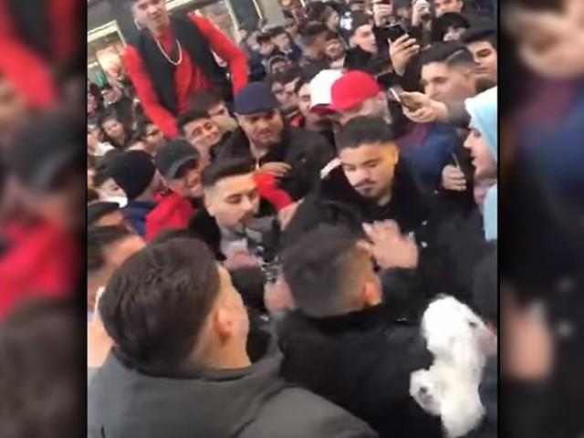 Neun Festnahmen - Massenschlägerei auf Alexanderplatz