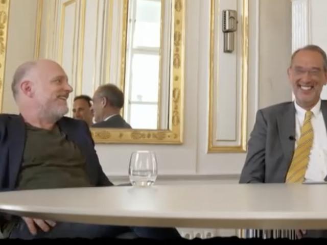 """""""Willkommen Österreich"""": Faßmann bei Witzen über Größe """"schmerzbefreit"""""""