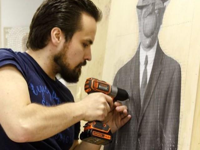 Künstler Marat Nabi schraubt berühmte Gemälde von Dali & Picasso nach