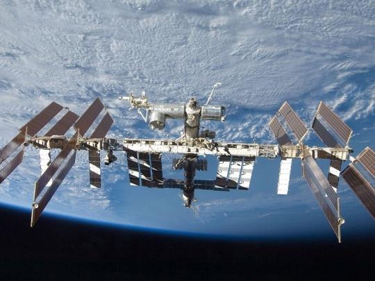 Raumfahrt - Rakete fliegt neues Labor zur Raumstation ISS