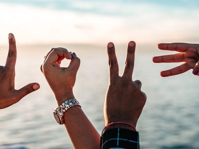 """Autor Michael Nast im Gespräch mit Bindungsexpertin Stefanie Stahl: """"Das Leid hat meinen Gefühlen erst Würde gegeben"""""""