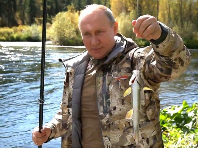 Angeln in Sibirien: Wladimir Putin macht wieder Urlaub in der Wildnis – dieses Mal aber ohne Pferd
