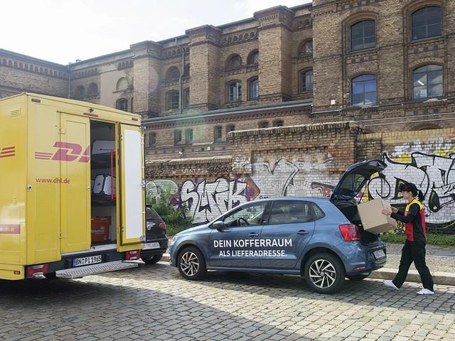Volkswagen und DHL starten Lieferung in Kofferräume