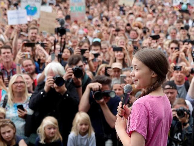 Greta Thunberg ermutigt Klimaprotestler in Berlin