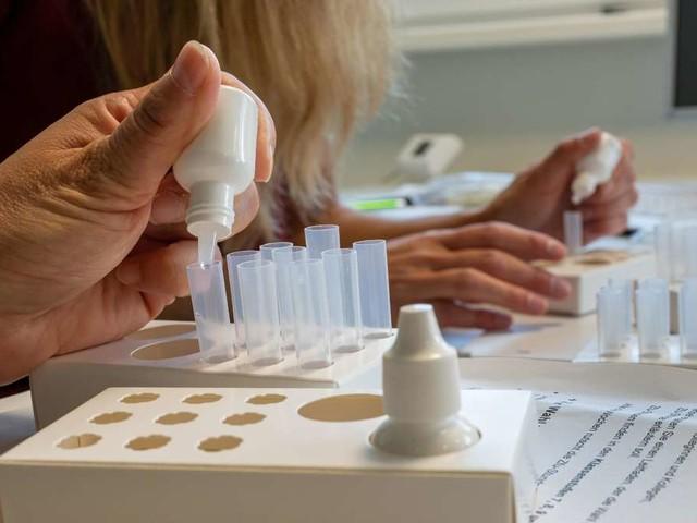 Corona in Deutschland: RKI gibt Fallzahlen bekannt – Mehr als 11.000 Neuinfektionen