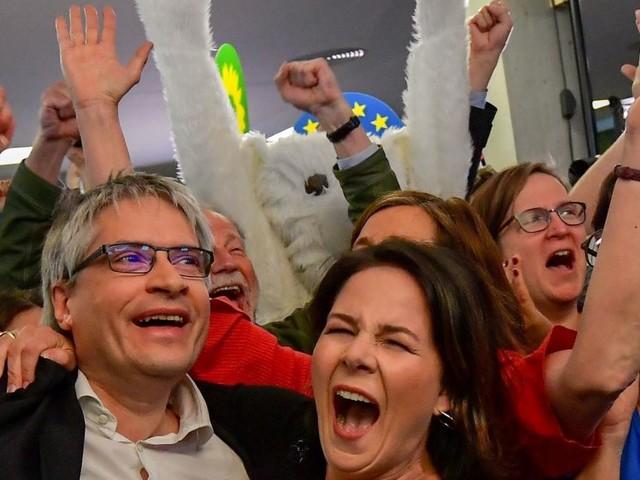 EU-Wahl: Volksparteien abgestraft, Grüne, Rechte und Liberale legen zu