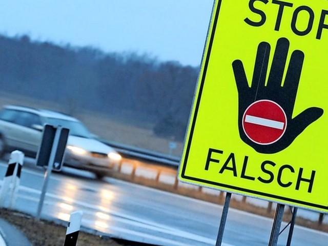 Spektakuläre Aktion: Lkw-Fahrer stoppt Geisterfahrer auf der Autobahn