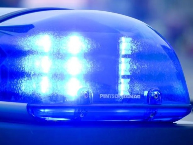 Märkisches Viertel: 17-Jähriger rammt mit Opas Auto sechs Fahrzeuge