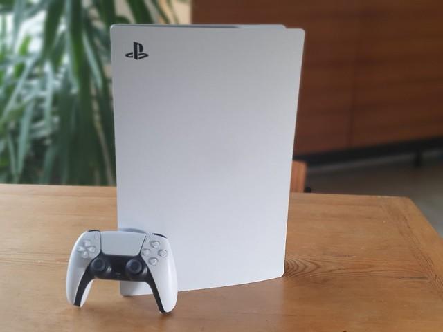 Optisch ein Flop, Leistung top: Das Beste an der PS5 ist nicht die Konsole