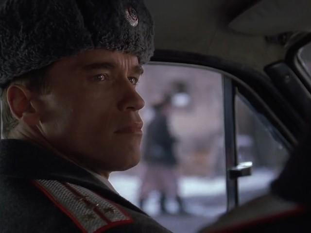 Filme mit Arnie: Schwarzenegger als Russe in RED HEAT (1988)