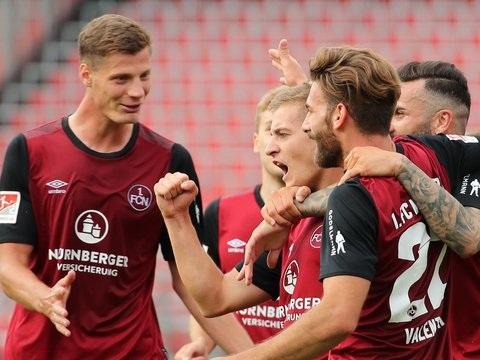 Relegation - FC Nürnberg feiert Nürnberger: 2:0 gegen Ingolstadt