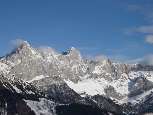 Österreich: Deutsche Wanderin stürzt 200 Meter in den Tod
