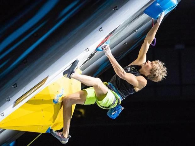Titelkämpfe in Japan: Kletterer Megos gewinnt WM-Silber - Sieg knapp verpasst