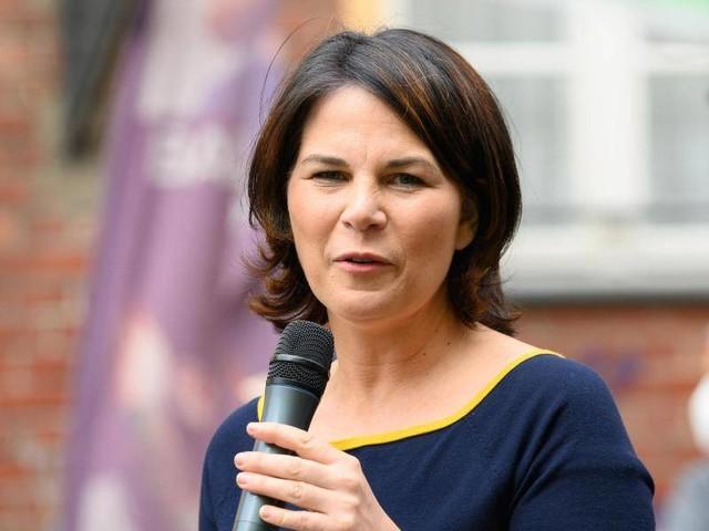 Kanzlerkandidatin: Mehrheit hält Baerbocks Kandidatur statt Habeck für Fehler
