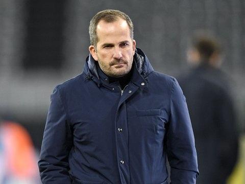 Trainer Baum will auf Schalke Wurzeln schlagen