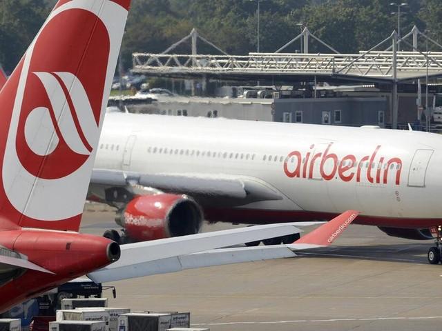Flugausfälle bei Air Berlin: Bleiben Passagiere auf Schaden sitzen?