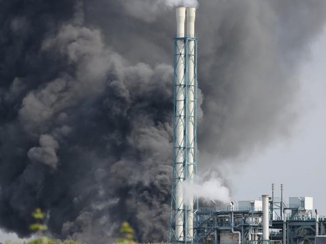 """Heftige Explosion in Chempark Leverkusen: """"Extreme Gefahr"""""""