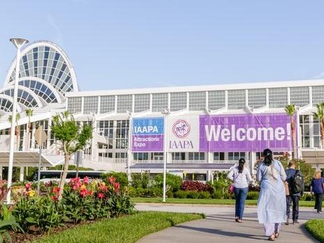 IAAPA Attractions Expo 2018 startet in Orlando: Neue Branding-Strategie für IAAPA zur Eröffnung der Freizeitpark-Messe vorgestellt