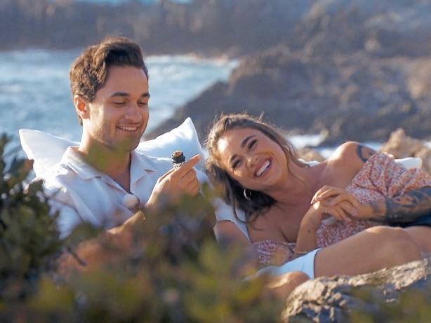 """RTL: """"Bachelorette""""-Homedates: Melissa steigert ihre Kussbilanz"""