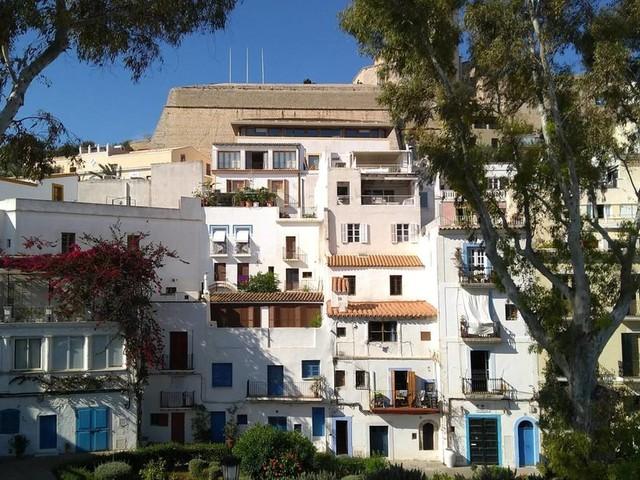 Teures Paradies: Mietwucher: Wenn der Traum vom Leben auf Ibiza zum Albtraum wird