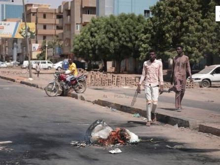 Diplomaten treffen entmachteten Regierungschef des Sudan