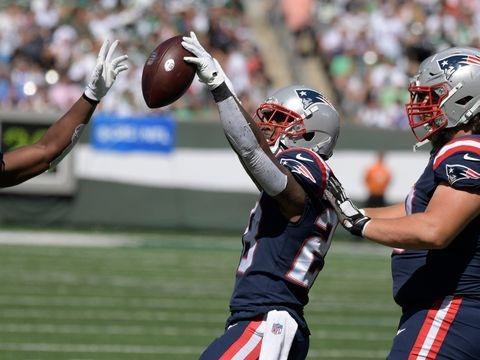 NFL: Patriots holen ersten Sieg - Mehrere Quarterbacks verletzt