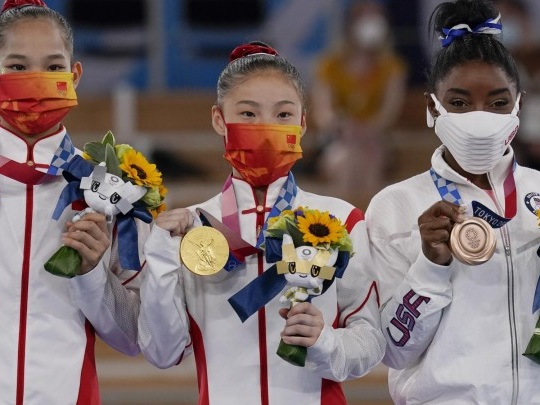 Olympische Spiele - Simone Biles gewinnt bei Rückkehr Bronze am Schwebebalken