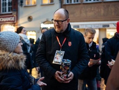 Attentat auf Bürgermeister von Danzig bei Benefizveranstaltung