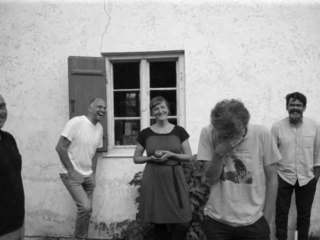 """Songpremiere: Hochzeitskapelle kündigen mit """"Sonido Amazonico"""" neues Album an"""